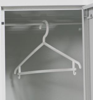 HANGI  | Plastové ramienka